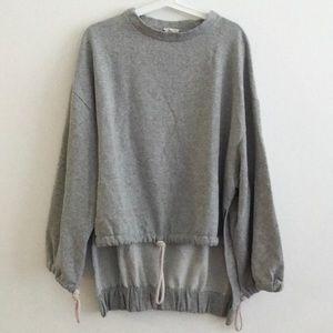 Like new- Hi low sweatshirt cinched bottom